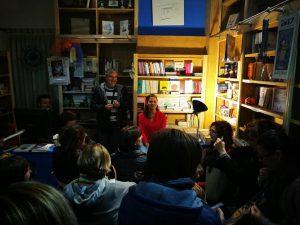 presentazione del libro 3 Settimane con il genio nella libreria EVOLVO LIBRI